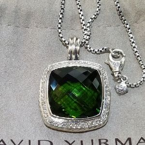Albion 20×20mm Peridot & Diamonds Pendant Necklace